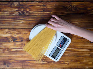 Moderate carbohydrate intake may be best for health study says